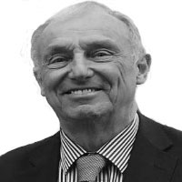 Dr Brian Caul